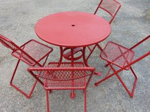 Red Bistro Patio Table and 4 Chairs Set VINTAGE in Batavia, Illinois