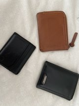 men's wallets in Naperville, Illinois