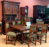 FLOOR MODEL SALE *ANTIQUE DINING SET* in Ramstein, Germany
