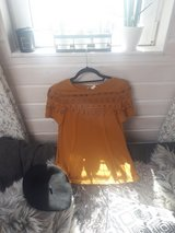 beautiful summer T-shirt for sale in Ramstein, Germany