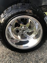 22x14 fuel forged ff03 and new 37/13.50/22 in Cherry Point, North Carolina