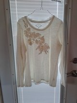 Sonoma long sleeve top XL in St. Charles, Illinois
