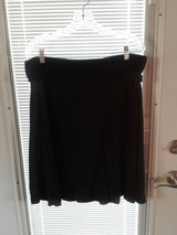 Old navy black skirt large in Chicago, Illinois