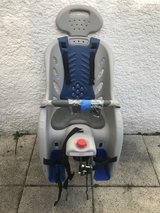 Rear mounted baby seat for bicycle in Stuttgart, GE