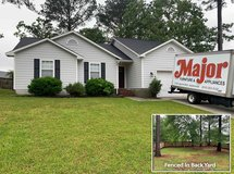 3 Bedroom 2 Bath Home close to mall, with fenced yard in Camp Lejeune, North Carolina