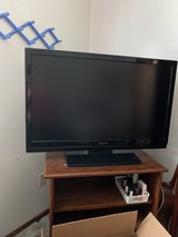 sharp tv 42 inch lcd in Fort Leonard Wood, Missouri