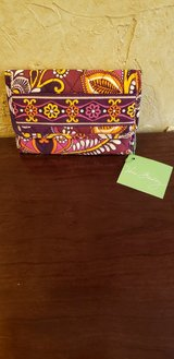 New Vera Bradley Euro Wallet in St. Charles, Illinois