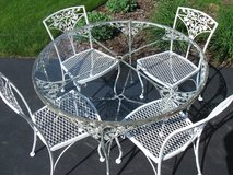 Woodard Orleans Wrought Iron Round Patio Table w/Glass & 5 Chairs-Shabby Romantic in Batavia, Illinois