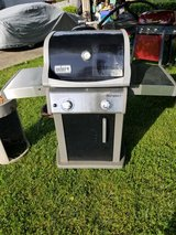 WEBER gas BBQ grill - $60 in Fort Campbell, Kentucky