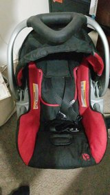 baby trend car seat with 2 bases &stroller in Fort Polk, Louisiana
