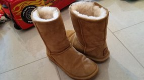 Bearpaw Ugg Boots (us6) in Ramstein, Germany