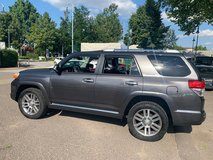 7 Seats 2010 Toyota 4Runner Limited 4×4 in Spangdahlem, Germany