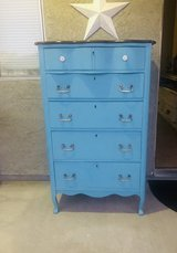 Chest of drawers in 29 Palms, California