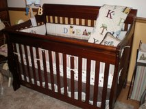 solid wood convertible crib and toddler bed in Batavia, Illinois