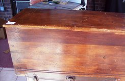 Antique Wooden Hope Chest in Alamogordo, New Mexico