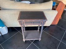 Accent Table w/drawer in Ramstein, Germany