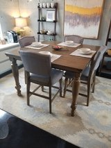 Ashley Furniture Dinning Table / Chairs in Okinawa, Japan