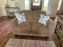 Couch and Love-seat set in Conroe, Texas