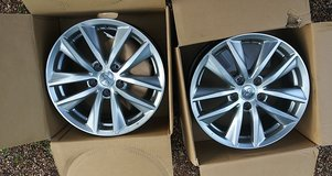 "Infinity 17"" set of rims in Fort Leonard Wood, Missouri"