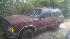 93 s10 blazer. Moving. Must sell in Warner Robins, Georgia