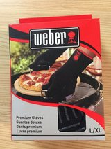 Weber Grill Gloves in Naperville, Illinois