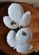 German grapes leaf shaped small plates (2) by Ludwigsburg in Okinawa, Japan