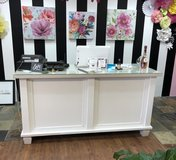 Sales counter/Cash wrap in Kingwood, Texas