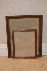 2 wood picture frames in Alamogordo, New Mexico