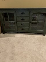 Tv stand in Fort Benning, Georgia