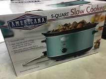 Brand new crock pot Slow Cooker in Travis AFB, California