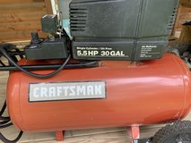 Craftsman Air Compressor 30 Gallon 5.5HP Electric Motor in Fort Leonard Wood, Missouri