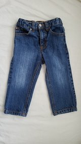 Boys Toughskins Relaxed Fit Jeans, Size 2T in Fort Campbell, Kentucky