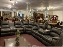 United Furniture - Kenia Sectional in Black or Brown  including delivery in Grafenwoehr, GE