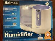 Holmes Humidifier + 2 filters in Okinawa, Japan