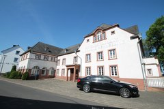 Herforst very big Apartment with Garage in Spangdahlem, Germany