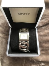DKNY watch 3660 new in Ramstein, Germany