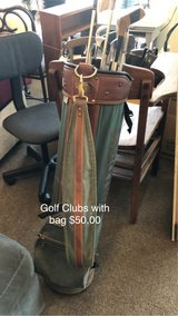 Gold Clubs and Bag in Fort Leonard Wood, Missouri