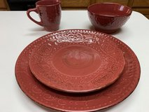 ***SIXTY FOUR Piece Dinnerware Set...Service For 12*** in Houston, Texas
