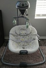 Graco Baby swing in Yorkville, Illinois