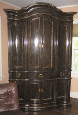 VINTAGE SOLID WOOD TV/CABINET/SHELVING UNIT - RUSTIC & LARGE in Naperville, Illinois