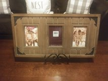 Rustic Picture Frame w/Stand in Fort Leonard Wood, Missouri