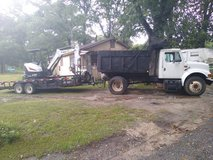 Dump truck and excavator work in Leesville, Louisiana