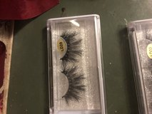 Real Mink lashes 25MM in Camp Lejeune, North Carolina