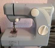 Mini Sewing Machine Tchibo 220V * Cleaning out sale. Lots must go * in Wiesbaden, GE