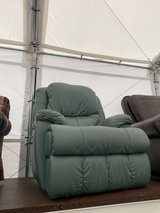 REAL LEATHER RECLINER CHAIR in Ramstein, Germany