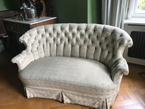 Chesterfield Sofa antique in Grafenwoehr, GE