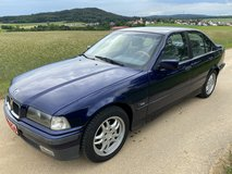 BMW 323 I automatic 6 cylinder AC new inspection free delivery in Grafenwoehr, GE
