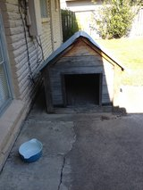 Dog house in Pasadena, Texas