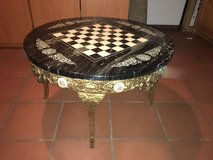 Chess Top English Decor Table in Ramstein, Germany