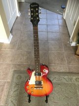 Left Handed - Epiphone Les Paul 100 in Naperville, Illinois